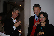 John Dewe Matthews, the hon William and the hon Mrs. Shawcross. private view for Continuum by Conrad Shawcross. Queen's House. National Maritime Museum. Greenwich. 17 December 2004. ONE TIME USE ONLY - DO NOT ARCHIVE  © Copyright Photograph by Dafydd Jones 66 Stockwell Park Rd. London SW9 0DA Tel 020 7733 0108 www.dafjones.com