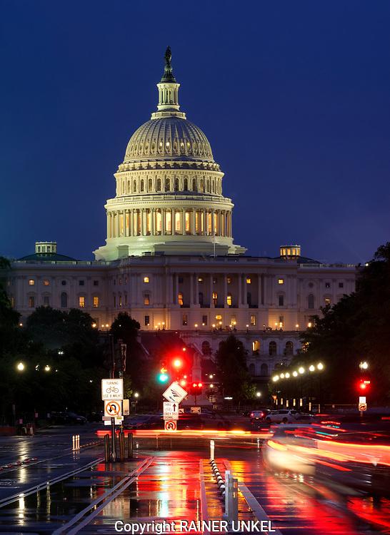 USA : Die Pennsylvania Avenue und das Kapitol / Capitol in Washington , 24.05.2017<br />  |USA : Pennsylvania Avenue and the Capitol in Washington , 24.05.2017|<br />  Copyright by Rainer UNKEL