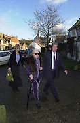 Jeremy Paxman and partner and mother-in-law, Marriage of Emily Mortimer, ( daughter of John Mortimer ) to Alessandro Nivola, Turville.© Copyright Photograph by Dafydd Jones 66 Stockwell Park Rd. London SW9 0DA Tel 020 7733 0108 www.dafjones.com