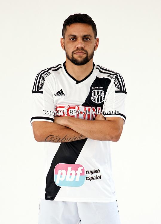 Brazilian Football League Serie A / <br /> ( Associacao Atletica Ponte Preta ) - <br /> Felipe Azevedo dos Santos