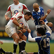 2005 Rugby, Investec Challenge, England vs Manu Samoa, Harry Ellis is tackled by Elvis Saveali'i as England beat Samoa 40 points to 3 at the  RFU stadium, Twickenham, ENGLAND:     26.11.2005   © Peter Spurrier/Intersport Images - email images@intersport-images..