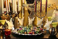 Mannheim. 04.11.17 | Lange Nacht der Kunst und Genüsse<br /> Lange Nacht der Kunst und Genüsse in den Stadtteilen.<br /> - Feudenheim. Eröffnung bei Wohnkult & Genuss<br /> <br /> BILD- ID 20934 |<br /> Bild: Markus Prosswitz 04NOV17 / masterpress (Bild ist honorarpflichtig - No Model Release!)