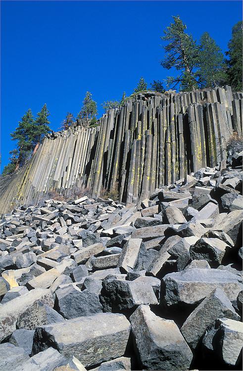 Columnar basalt rock at Devil's Postpile National Monument, Sierra Nevada Mountains, California.