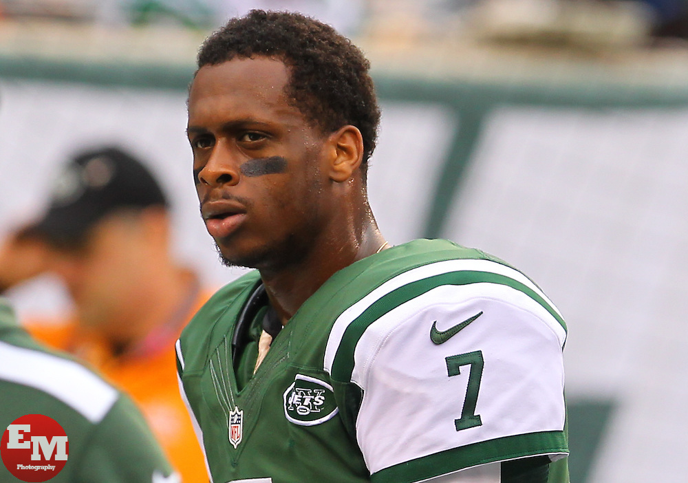 Dec 22, 2013; East Rutherford, NJ, USA; New York Jets quarterback Geno Smith (7) during warmups for their game against the Cleveland Browns at MetLife Stadium.