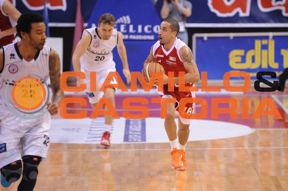 DESCRIZIONE : Biella LNP DNA Adecco Gold 2013-14 Angelico Biella Pall. Trieste 2004<br /> GIOCATORE : Brandon Wood <br /> CATEGORIA : Passaggio<br /> SQUADRA : Pall. Trieste 2004<br /> EVENTO : Campionato LNP DNA Adecco Gold 2013-14<br /> GARA : Angelico Biella Pall. Trieste 2004<br /> DATA : 06/02/2014<br /> SPORT : Pallacanestro<br /> AUTORE : Agenzia Ciamillo-Castoria/Max.Ceretti<br /> Galleria : LNP DNA Adecco Gold 2013-2014<br /> Fotonotizia : Biella LNP DNA Adecco Gold 2013-14 Angelico Biella Pall. Trieste 2004<br /> Predefinita :