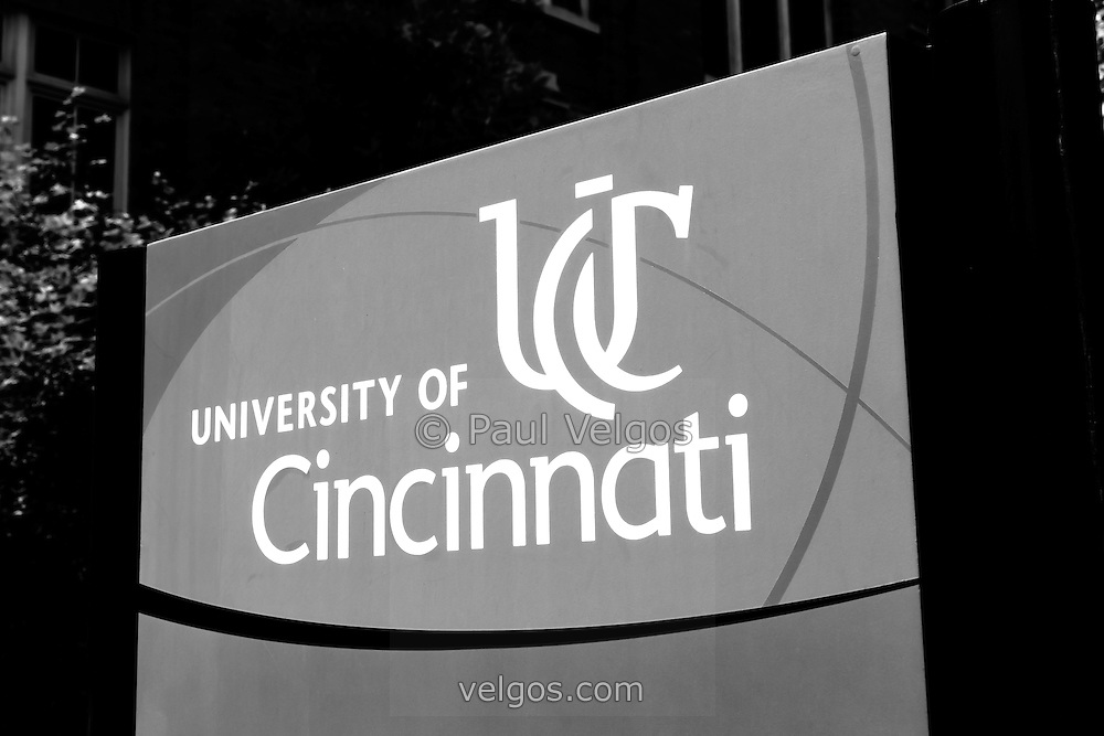 University of Cincinnati sign black and white photo. Picture is high resolution an was taken in 2012.