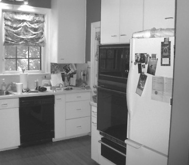 OLMOS PARK KITCHEN BEFORE