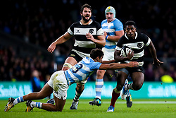 Frank Lomani of Barbarians takes on Santiago Carreras of Argentina - Mandatory by-line: Robbie Stephenson/JMP - 01/12/2018 - RUGBY - Twickenham Stadium - London, England - Barbarians v Argentina - Killick Cup