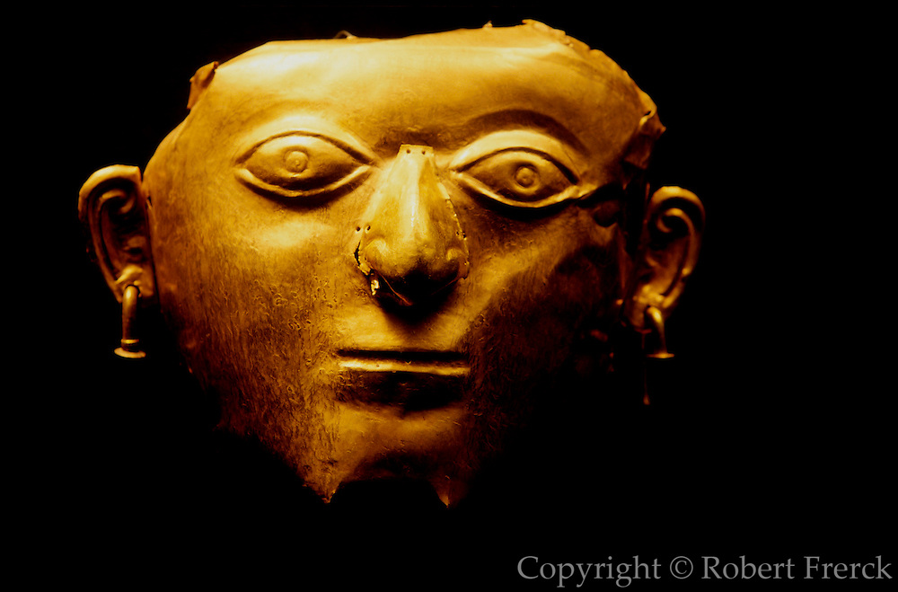 ECUADOR, PREHISPANIC La Tolita Culture, Gold mask