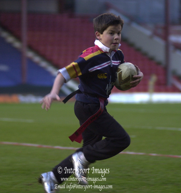 Photo. © Peter Spurrier/© Intersport  Images.06/03/2004 Tetley's Super League - London Broncos v  St Helens.Touch Rugby...