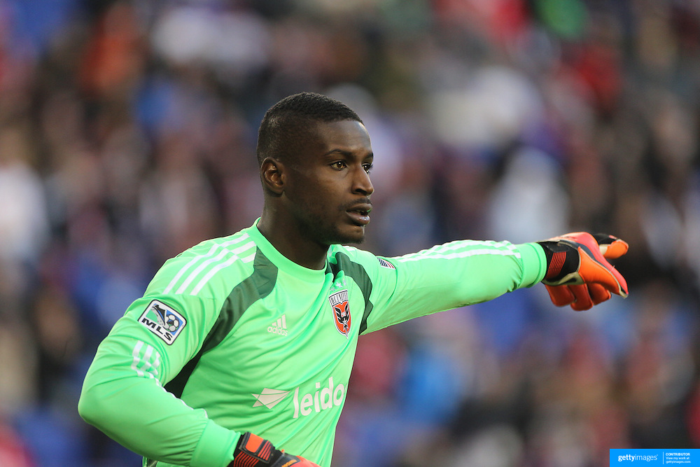 Goalkeeper Bill Hamid, DC United, in action during the New York Red Bulls V DC United, MLS Cup Playoffs, Eastern Conference Semifinals first leg at Red Bull Arena, Harrison, New Jersey. USA. 2nd November 2014. Photo Tim Clayton