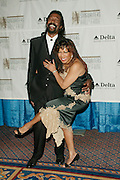 Inductees Nickolas Ashford and Valerie Simpson at the 33rd Annual Songwriters Hall Of Fame Awards induction ceremony at The Sheraton New York Hotel in New York City. June 13 2002. <br /> Photo: Evan Agostini/PictureGroup