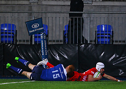 Iwan Hughes of Bristol United goes over for his second try under pressure from Ciaran Frawley of Leinster - Mandatory by-line: Ken Sutton/JMP - 15/12/2017 - RUGBY - Donnybrook Stadium - Dublin,  - Leinster 'A' v Bristol United -