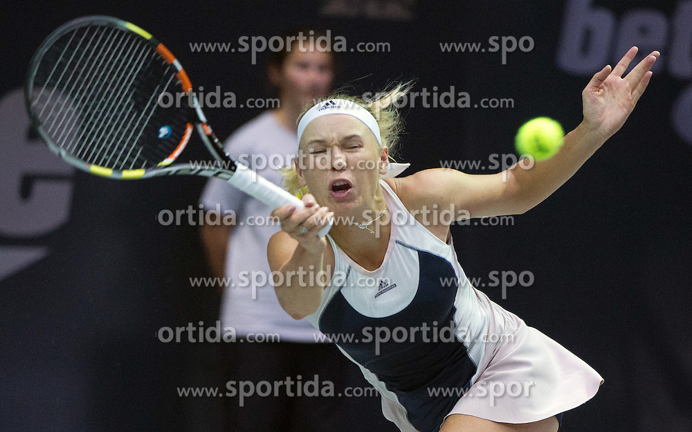 15.10.2015, TipsArena, Linz, AUT, WTA, Generali Ladies Linz, im Bild Caroline Wozniacki (DEN) // Caroline Wozniacki of Danmark during WTA Generali Ladies Linz Tournament at the TipsArena, Linz, Austria on 2015/10/15, EXPA Pictures © 2015, PhotoCredit: EXPA/ Reinhard Eisenbauer