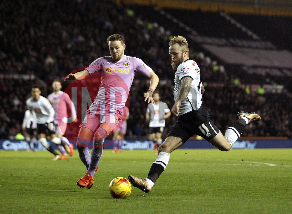 Johnny Russell of Derby County shoots at goal as he is shut down by Chris Gunter of Reading - Mandatory byline: Robbie Stephenson/JMP - 12/01/2016 - FOOTBALL - iPro Stadium - Derby, England - Derby County v Reading - Sky Bet Championship