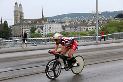 27.07.2014, Zürich, SUI, Ironman Zuerich 2014, im Bild // during the Zurich 2014 Ironman, Switzerland on 2014/07/27. EXPA Pictures © 2014, PhotoCredit: EXPA/ Freshfocus/ Claude Diderich<br /> <br /> *****ATTENTION - for AUT, SLO, CRO, SRB, BIH, MAZ only*****