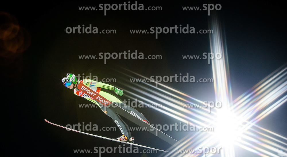 20.02.2015, Lugnet Ski Stadium, Falun, SWE, FIS Weltmeisterschaften Ski Nordisch, Skisprung, Damen, Finale, im Bild Spela Rogelj (SLO) // during the Ladies Skijumping Final of the FIS Nordic Ski World Championships 2015 at the Lugnet Ski Stadium, Falun, Sweden on 2015/02/20. EXPA Pictures © 2015, PhotoCredit: EXPA/ JFK