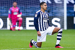 Jake Livermore of West Bromwich Albion takes a knee for Black Lives Matter - Mandatory by-line: Robbie Stephenson/JMP - 08/07/2020 - FOOTBALL - The Hawthorns - West Bromwich, England - West Bromwich Albion v Derby County - Sky Bet Championship