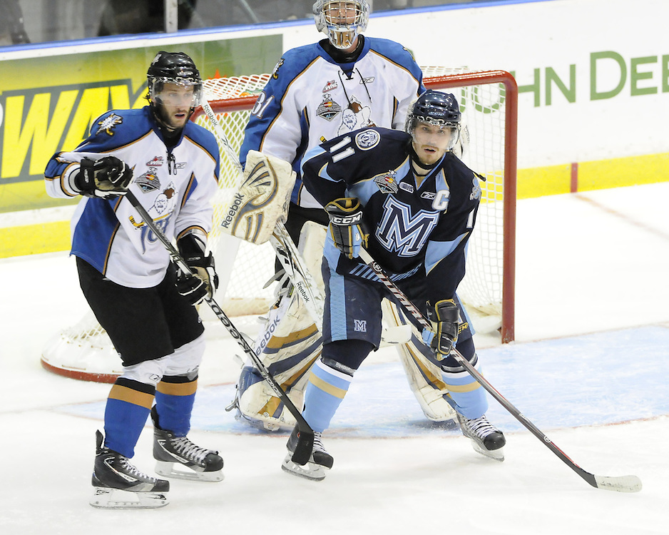 Action from the semi-final game between the Mississauga St. Michael's Majors and Kootenay ice at the 2011 MasterCard Memorial Cup in Mississauga, ON on Friday May 27. Photo by Aaron Bell/CHL Images