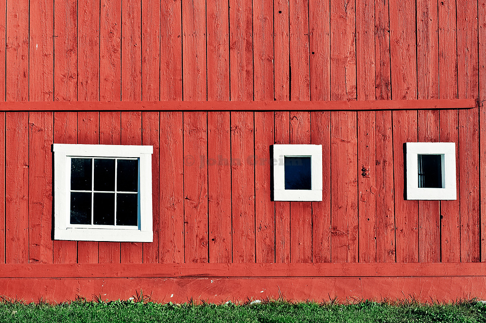 Rustic red barn, Grafton, Vermont, VT, USA