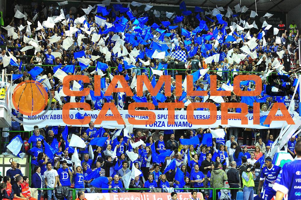 DESCRIZIONE : Sassari Lega A 2012-13 Dinamo Sassari Lenovo Cant&ugrave; Quarti di finale Play Off gara 5<br /> GIOCATORE : Tifosi Sassari<br /> CATEGORIA : Tifoseria<br /> SQUADRA : Dinamo Sassari<br /> EVENTO : Campionato Lega A 2012-2013 Quarti di finale Play Off gara 5<br /> GARA : Dinamo Sassari Lenovo Cant&ugrave; Quarti di finale Play Off gara 5<br /> DATA : 17/05/2013<br /> SPORT : Pallacanestro <br /> AUTORE : Agenzia Ciamillo-Castoria/M.Turrini<br /> Galleria : Lega Basket A 2012-2013  <br /> Fotonotizia : Sassari Lega A 2012-13 Dinamo Sassari Lenovo Cant&ugrave; Play Off Gara 5<br /> Predefinita :
