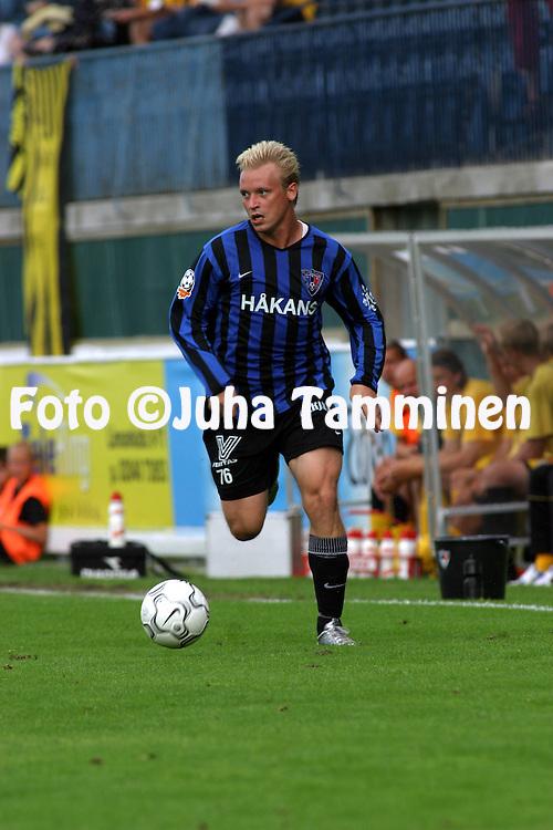 02.08.2003, Veritas Stadion, Turku, Finland..Veikkausliiga 2003 / Finnish League 2003.FC Inter Turku v Kuopion Palloseura.Samuli Lindel?f - Inter.©Juha Tamminen