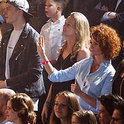 NLD/Hilversum/20160129 - Finale The Voice of Holland 2016, leontine Borsato en zoon Luca Borsato
