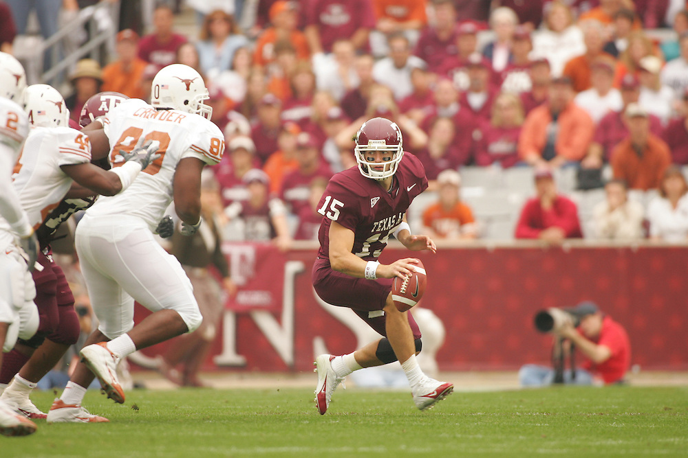 Stephen McGee.Texas at Texas A&M.Kyle Field.College Station, TX.Friday, November 25 2005.11-25-05.photograph by Darren Carroll.