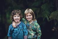 portraits taken in kuaotunu for stefanie and her boys photography by felicity jean photography coromandel photographer kuaottunu based