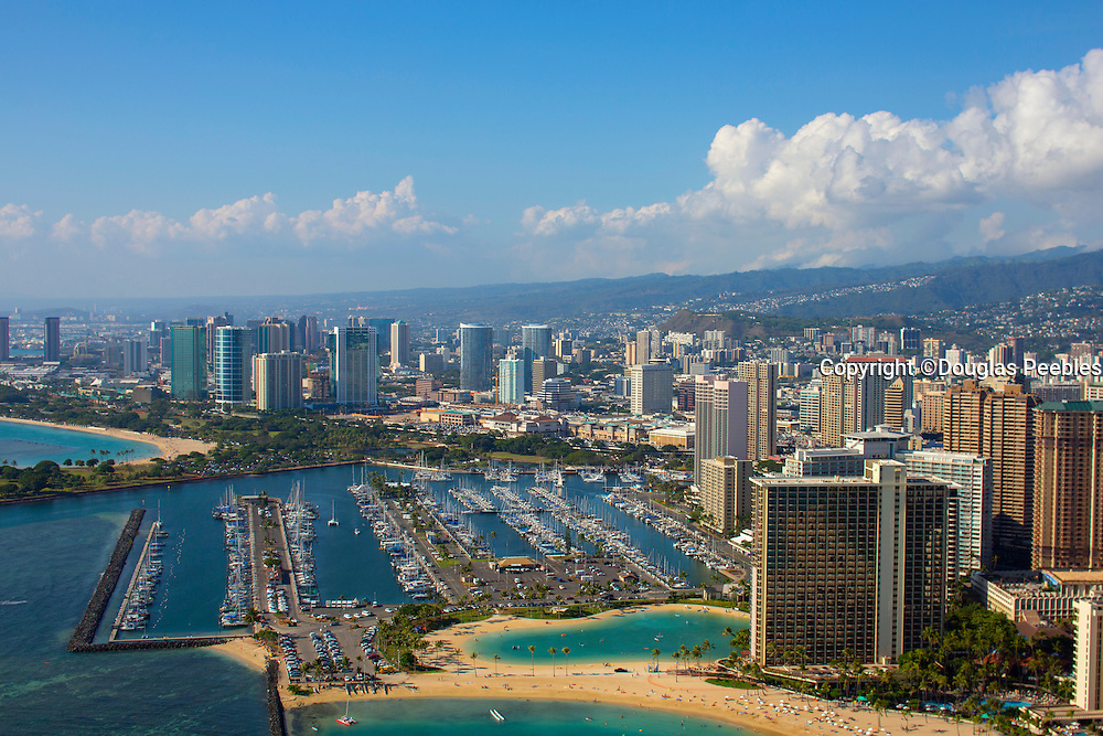 Ala Wai Harbor,  Ala Moana Beach Park, Waikiki, Honolulu, Oahu, Hawaii