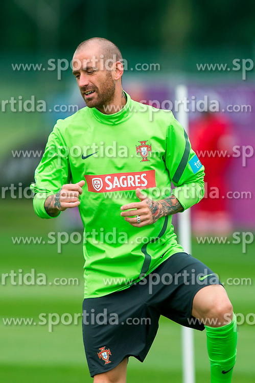 06.06.2012, Sportzentrum Remes, Opalenica, POL, UEFA EURO 2012, Portugal, Training, im Bild RAUL MEIRELES // during EURO 2012 Trainingssession of Portugal Nationalteam, at the Sportcenter Remes, Opalenica, Poland on 2012/06/06. EXPA Pictures © 2012, PhotoCredit: EXPA/ Newspix/ Jakub Kaczmarczyk..***** ATTENTION - for AUT, SLO, CRO, SRB, SUI and SWE only *****