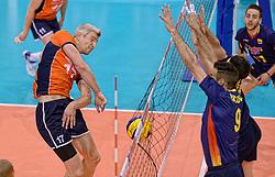31-05-2015 NED: CEV EK Kwalificatie Nederland - Spanje, Doetinchem<br /> Nederland wint met 3-1 van Spanje en plaatst zich voor het EK in Bulgarije en Italie / Rob Bontje #17