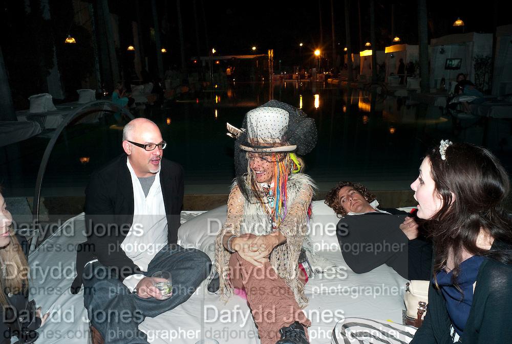 FRANK FRANC; DR. DEB; RYAN HERMAN; CASSIDY WEISS, BY THE POOL, DELANO HOTEL.   Miami Beach. 3 December 2010. -DO NOT ARCHIVE-© Copyright Photograph by Dafydd Jones. 248 Clapham Rd. London SW9 0PZ. Tel 0207 820 0771. www.dafjones.com.