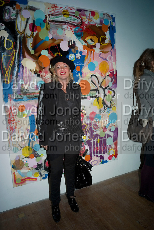 AMANDA ELIASCH, Happiness- Private view of work by Barry Reigate. Paradise Row, London and afterwards at Mark hix's new restaurant. ix Oyster and Chop House, 37-37 Greenhill Rents, Cowcross St, EC1. 14 March 2008. <br /> *** Local Caption *** -DO NOT ARCHIVE-&copy; Copyright Photograph by Dafydd Jones. 248 Clapham Rd. London SW9 0PZ. Tel 0207 820 0771. www.dafjones.com.