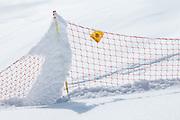 Wintersport Sicherheitzaun in Schnee