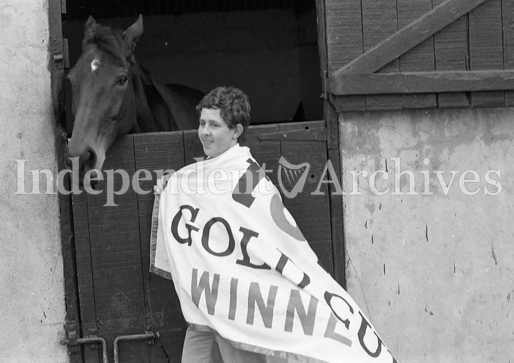Dawn Run Cheltenham Gold Cup winner and National Hurdling Champion with Groom John Clarke at the Paddy Mullins Stable, circa March 1986 (Part of the Independent Newspapers Ireland/NLI Collection).