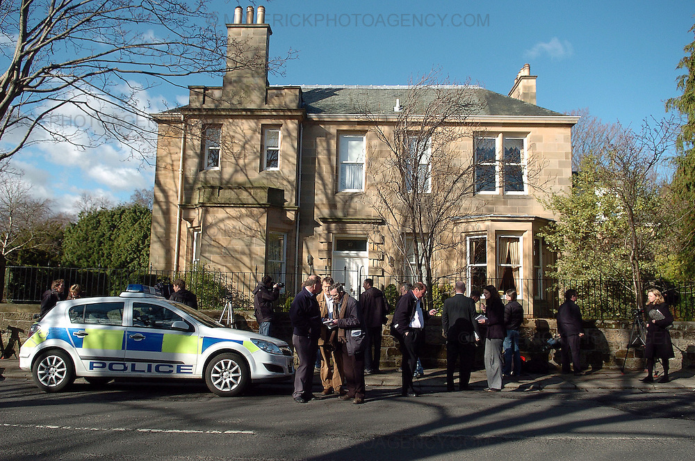 Sir Fred Goodwins house was vandalised overnight with windows being smashed and his car vandalised in Edinburgh.