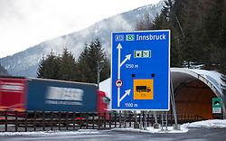"""THEMENBILD - Der Autobahngrenzübergang Brenner Ort, Richtung Tirol, aufgenommen am Sonntag, 7. Februar 2016, am in Gries am Brenner. Tirols Landeshauptmann Günther Platter hat die vorbereitenden Planungsarbeiten der Polizei für eine mögliche Grenzsicherung am Brenner begrüßt. Auch wenn es dort derzeit noch kein erhöhtes Flüchtlingsaufkommen gebe, sei es """"gut"""" dass die Exekutive die Planungen """"für ein Grenzmanagement nach den Erkenntnissen von Spielfeld in Angriff genommen hat"""" // The border crossing Brenner highway location, direction Tyrol, taken on Saturday, February 7, 2016, in Gries am Brenner. Tyrol Governor Günther Platter welcomed the preparatory planning work of the police for a possible border security at the Brennerpass. EXPA Pictures © 2016, PhotoCredit: EXPA/ Johann Groder"""