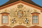 Insel Mainau, Schloss, Deutschordenswappen, Bodensee, Baden-Württemberg, Deutschland.. | ..Isle of Mainau, palace, Lake Constance, Germany