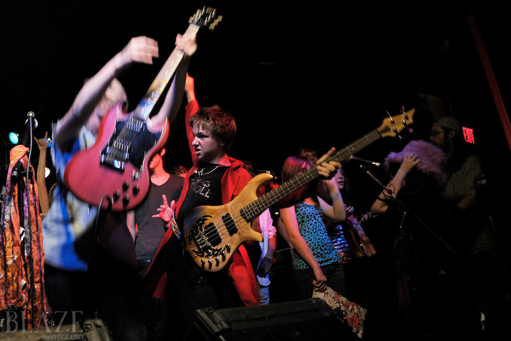 School of Rock showcase, Jigsaw Salon and Stage, Saturday , September 6, 2008. Photo by Ken Blaze. All rights reserved.