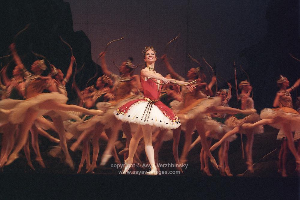 Maria Alexandrova as Aspicia in The Pharaoh's Daughter. Bolshoi Ballet