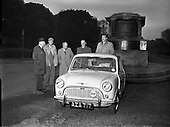 1959 - 09/12 Morris Mini Minor leaves Phoenix Park for 100 mile circuit
