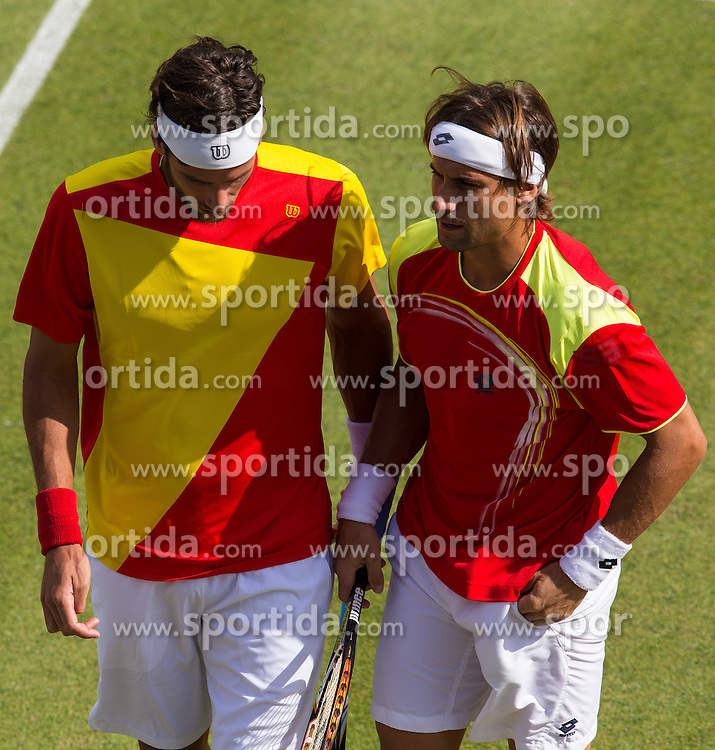 30.07.2012, Wimbledon, London, GBR, Olympia 2012, Tennis, Herren Doppel, Runde 2, im Bild David Ferrer und Feliciano Lopez (ESP, L) // David Ferrer und Feliciano Lopez (ESP, L) during second Round of men double tennis competition at the 2012 Summer Olympics at Wimbledon, London, United Kingdom on 2012/07/29. EXPA Pictures © 2012, PhotoCredit: EXPA/ Johann Groder