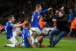 Goal, Ross Barkley of Everton scores, Bournemouth 2-3 Everton, fans invade the pitch - Mandatory by-line: Jason Brown/JMP - Mobile 07966 386802 28/11/2015 - SPORT - FOOTBALL - Bournemouth, Vitality Stadium - AFC Bournemouth v Everton - Barclays Premier League