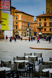 Looking across the Piazza Maggiore towards the Fountain of Neptune (Fontana del Nettuno), Bologna, Italy<br /> <br /> (c) Andrew Wilson | Edinburgh Elite media