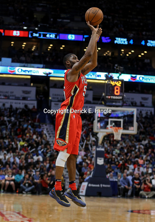 Apr 4, 2018; New Orleans, LA, USA; New Orleans Pelicans forward E'Twaun Moore (55) shoots against the Memphis Grizzlies during the second half at the Smoothie King Center. The Pelicans defeated the Grizzlies 123-95. Mandatory Credit: Derick E. Hingle-USA TODAY Sports