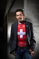 Le cycliste Steve Morabito ce jeudi 14 février 2019 à Martigny (au CERM), pose avec son maillot de champion Suisse, il parle du changement de sa carrière.<br /> (OLIVIER MAIRE)