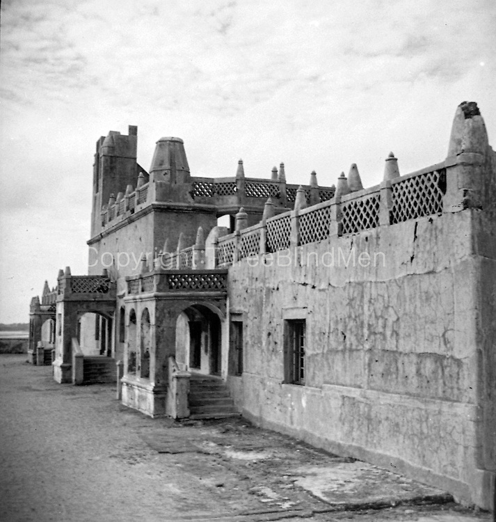 Fort Dansborg,a locally called Danish Fort, is a Danish fort located in the shores of Bay of Bengal in Tharangambadi in the South Indian state of Tamil Nadu.