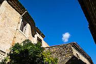 Saint Guilhem le Désert est l'un des plus beaux villages de France, il est situé dans le departement de l'Hérault, Languedoc-Roussillon, France / Saint Guilhem le Desert is one of the most beautiful villages in France, it is located in the department of Hérault, Languedoc-Roussillon, France.