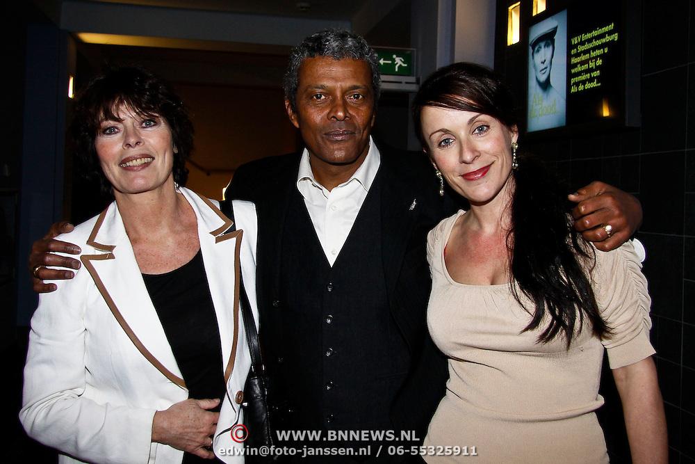 "NLD/Haarlem/20100308 - Première toneelstuk "" Als De Dood "", Lieneke Leroux en partner Mike Ho Sam Sooi, Annick Boer"